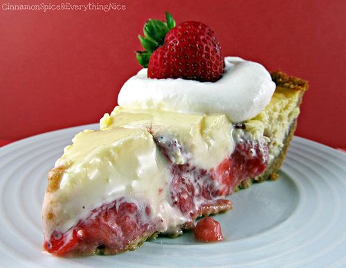Strawberry Cream Cheese Pie oh my can't wait for stawberry season