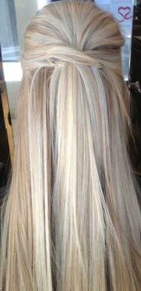 Cute hair color & half up half down do