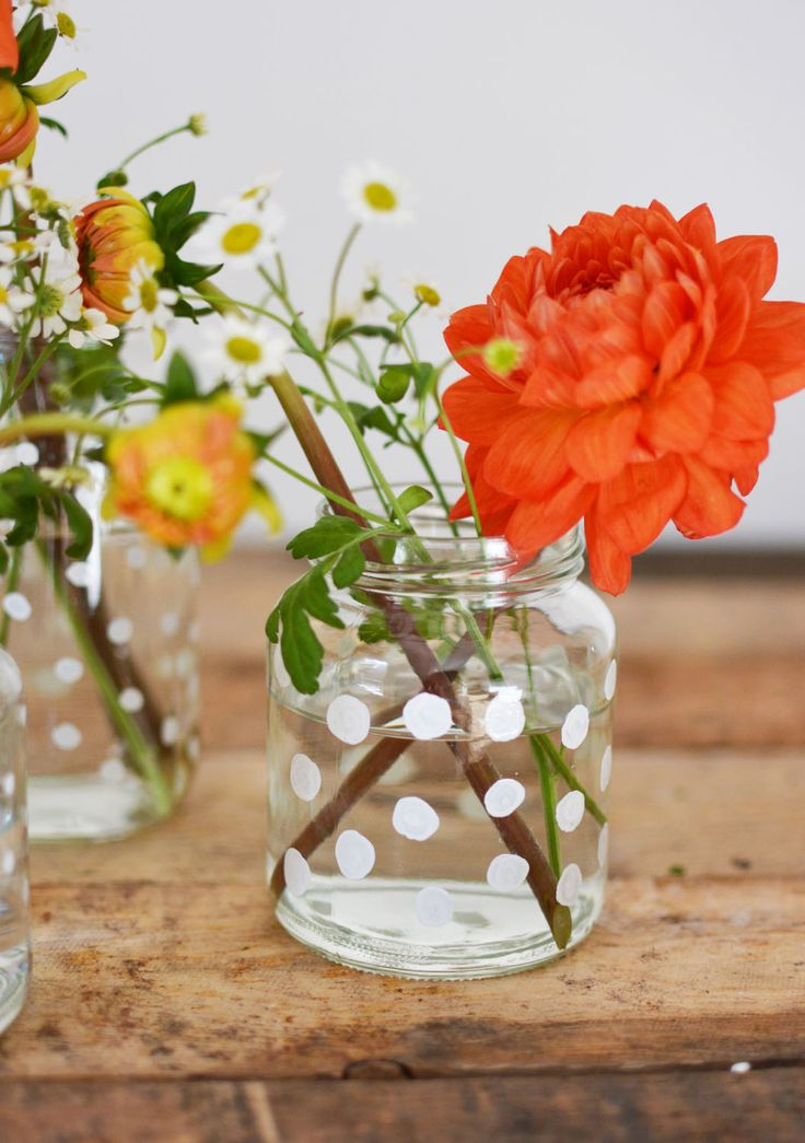 DIY vaasje versieren met glasstiften