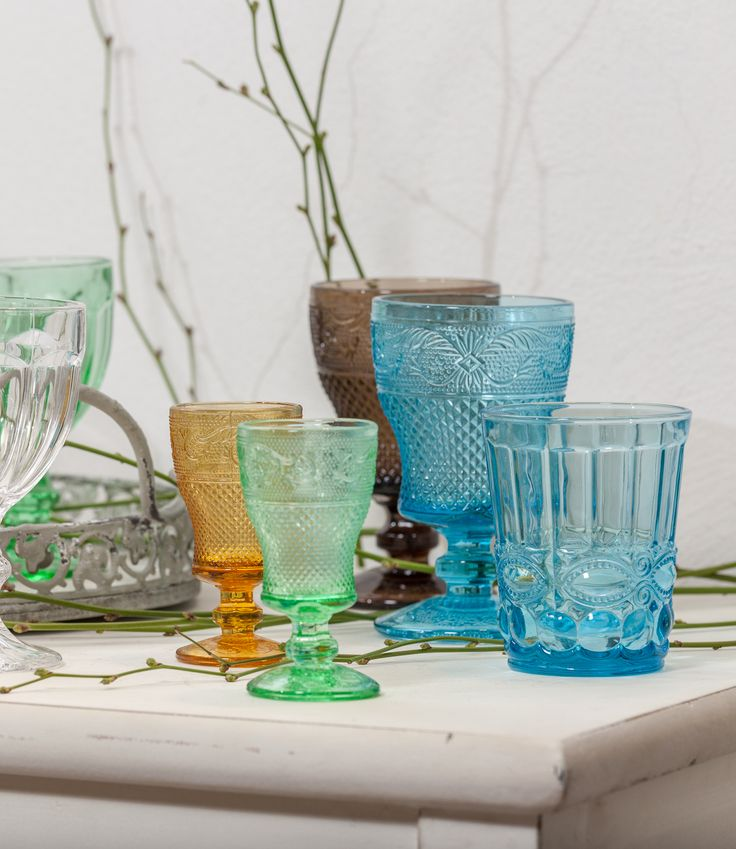 Pastel Plastic Glasses - Interest combination, right? Try it NOW!