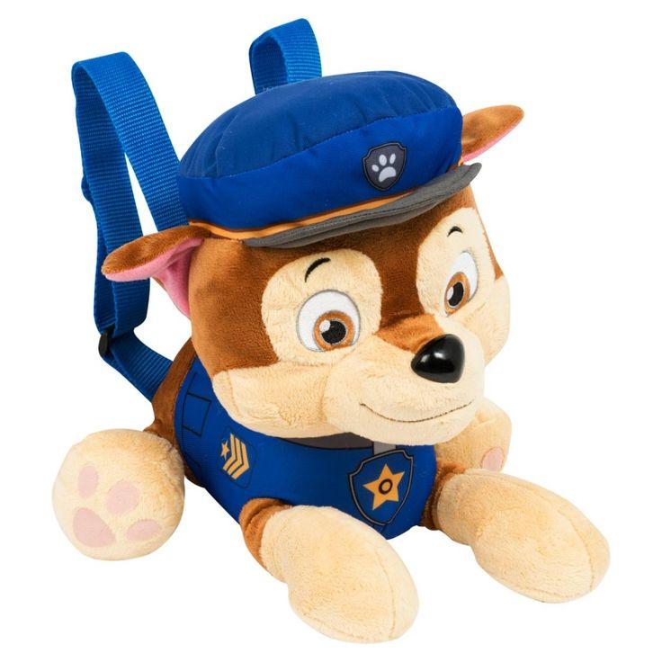 Chase is een slimme politie pup, deze rugzak kan mee logeren,het is ook een kussen. Draag jouw favoriete Paw Patrol vriendje Chase nu altijd mee op je rug.