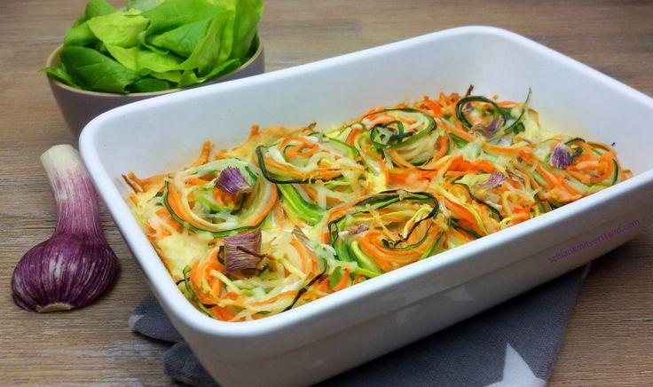low carb Gemüsenudel-Auflauf Heute kommt wiederGemüse auf den Tisch und zwar so, wie ich es am liebsten mag… ganzbunt und als Gemüsenudel-Auflauf. Dieses Malhabe ich ganz fr…