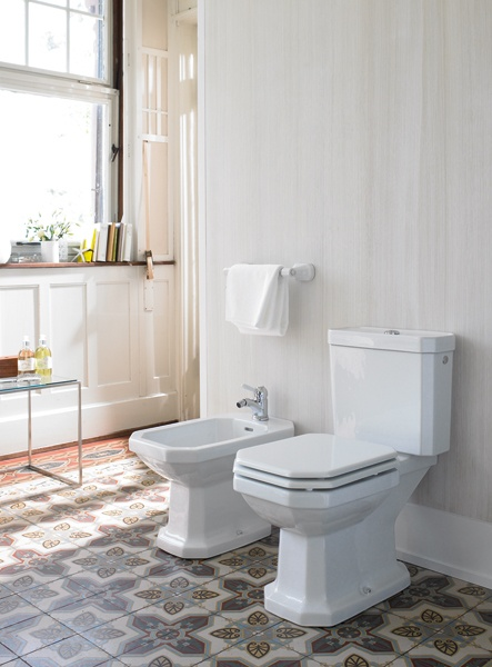Classic design: floor standing two-  piece toilet and floor standing bidet of  Duravit's 1930 Series