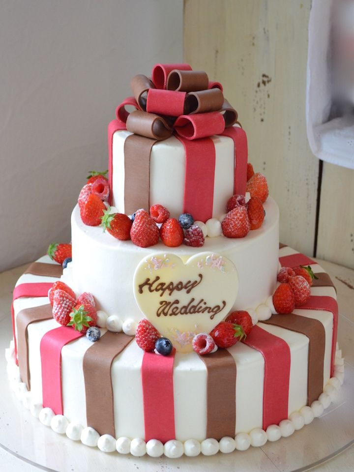 26 パティシエ本澤 聡 a tale of cake26「デコレーション素材」(前半)自由に形作れて鮮やかな「プラチョコ」 http://www.anniversary-web.co.jp/
