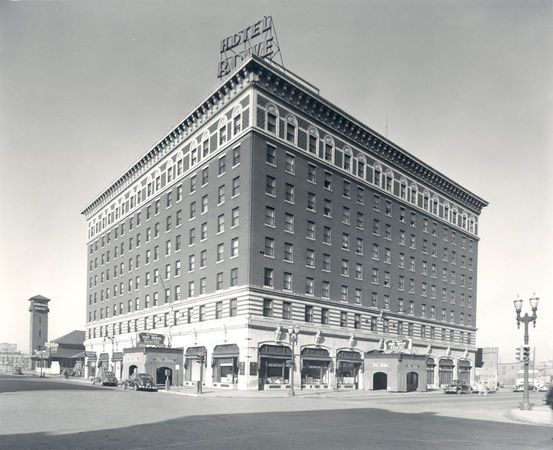 74 best grand rapids 1930s images on pinterest 1930s for Grand rapids architecture firms