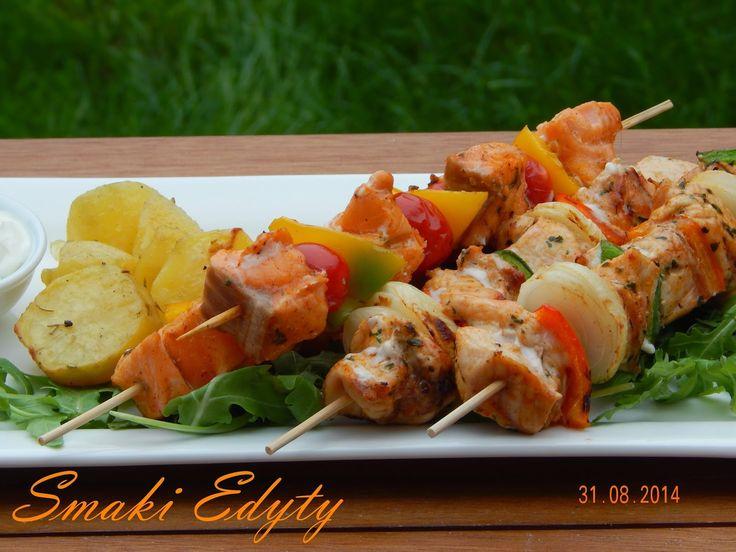 Smaki Edyty: Szaszłyki z łososia i  kurczaka