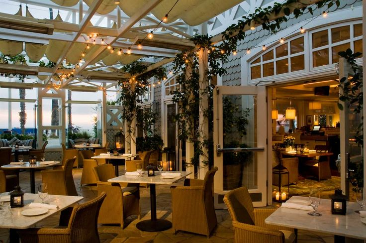 Beachfront Restaurant In Santa Monica Shutters On The