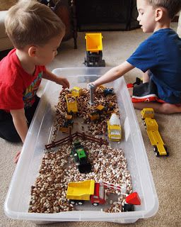 123 Homeschool 4 Me: FIAR Mike Mulligan and his Steam Shovel – Guest Post by Leading Little Hearts to HIM