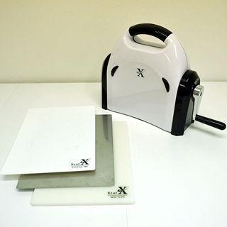 Jak na to - vyřezávací a embosovací stroj Xpress | Davona výtvarné návody #howto #xpress #emboss