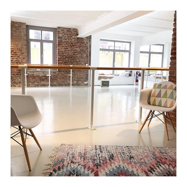 die besten 25 loft d sseldorf ideen auf pinterest hifi. Black Bedroom Furniture Sets. Home Design Ideas