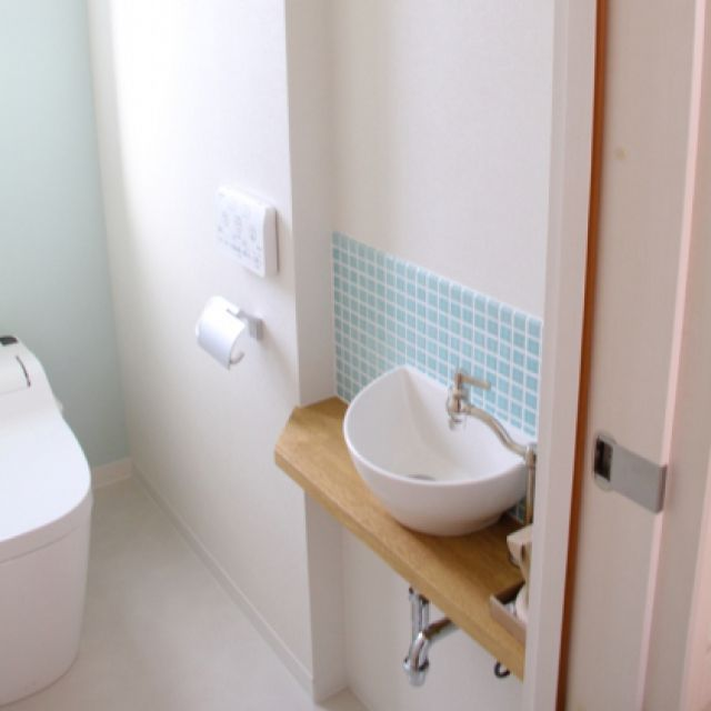 トイレ/モザイクタイル/カワジュン/トイレットペーパーホルダー/アラウーノ…などのインテリア実例 - 2015-03-04 00:31:38 | RoomClip(ルームクリップ)