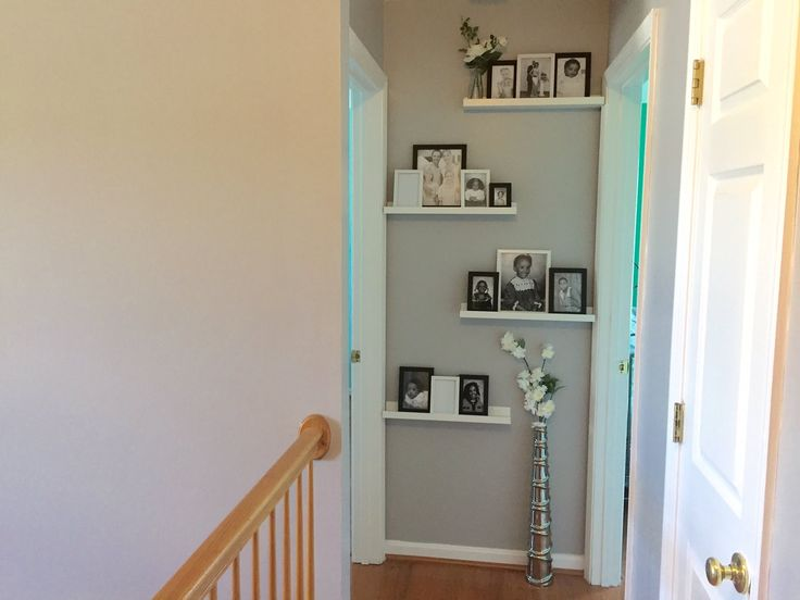 Best 25+ Hallway wall decor ideas on Pinterest | Stairwell ...