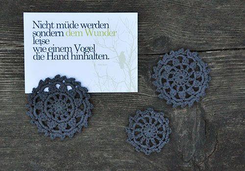 "Häkelpatches aus Wollresten inkl. Anleitung / Crocheted patches from scraps of wool incl. tutorial / Upcycling, auch nette ""plastikfreie"" ideen"