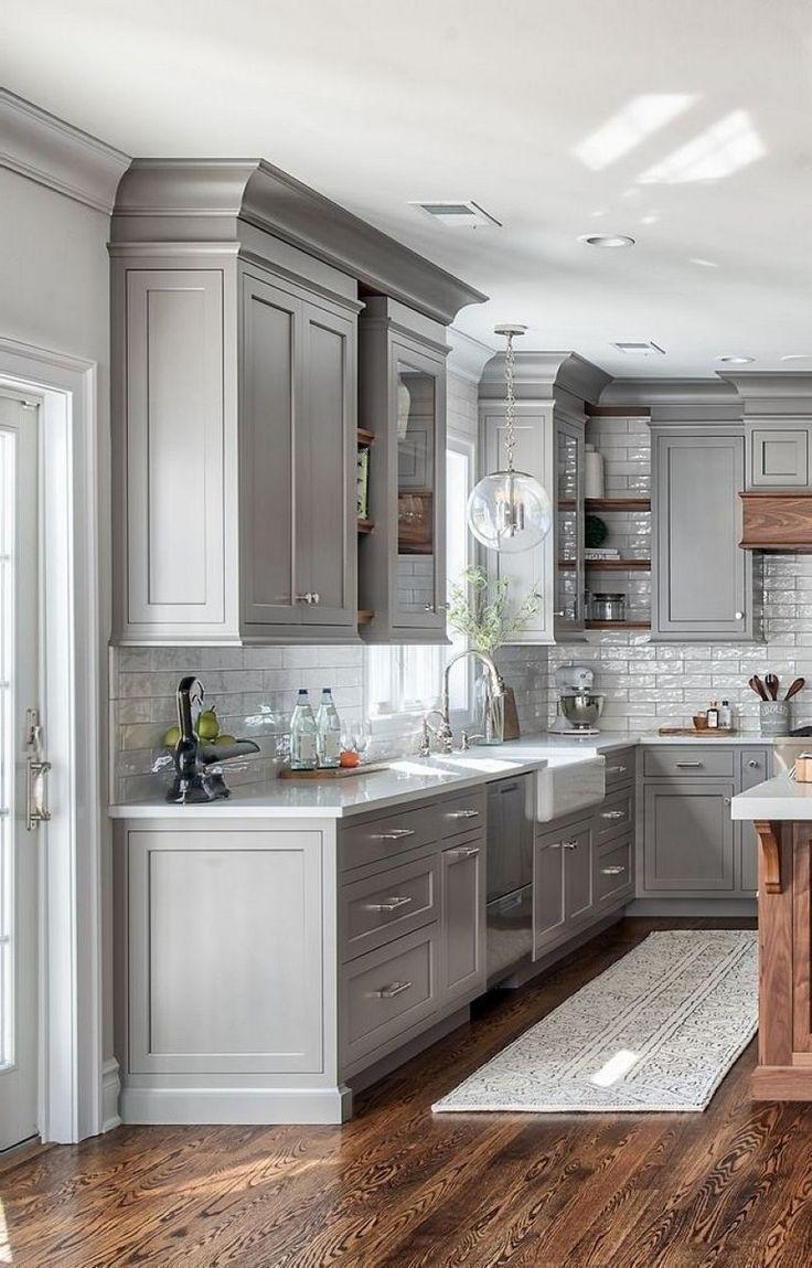 44 Brilliant Kitchens Cabinets Design Ideas Gray Cabinets Hardwood Floor Modern Kitchen Cabinet Design Modern Farmhouse Kitchens Farmhouse Kitchen Backsplash