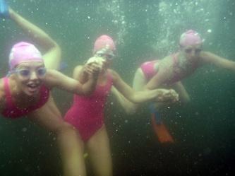 Underwater fun on my very last B&B swim
