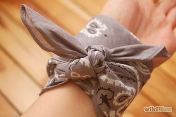 How to tie a bandana bracelet