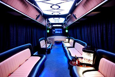 Partybus - be a King/Queen of the Night!