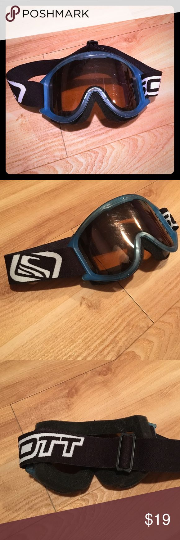 Scott Brand Snowboard Goggles Scott Brand Snowboard Goggles, a few scratches on lenses but overall great condition! Scott Other