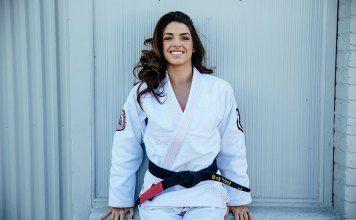 Mackenzie Dern comemora evolução no MMA