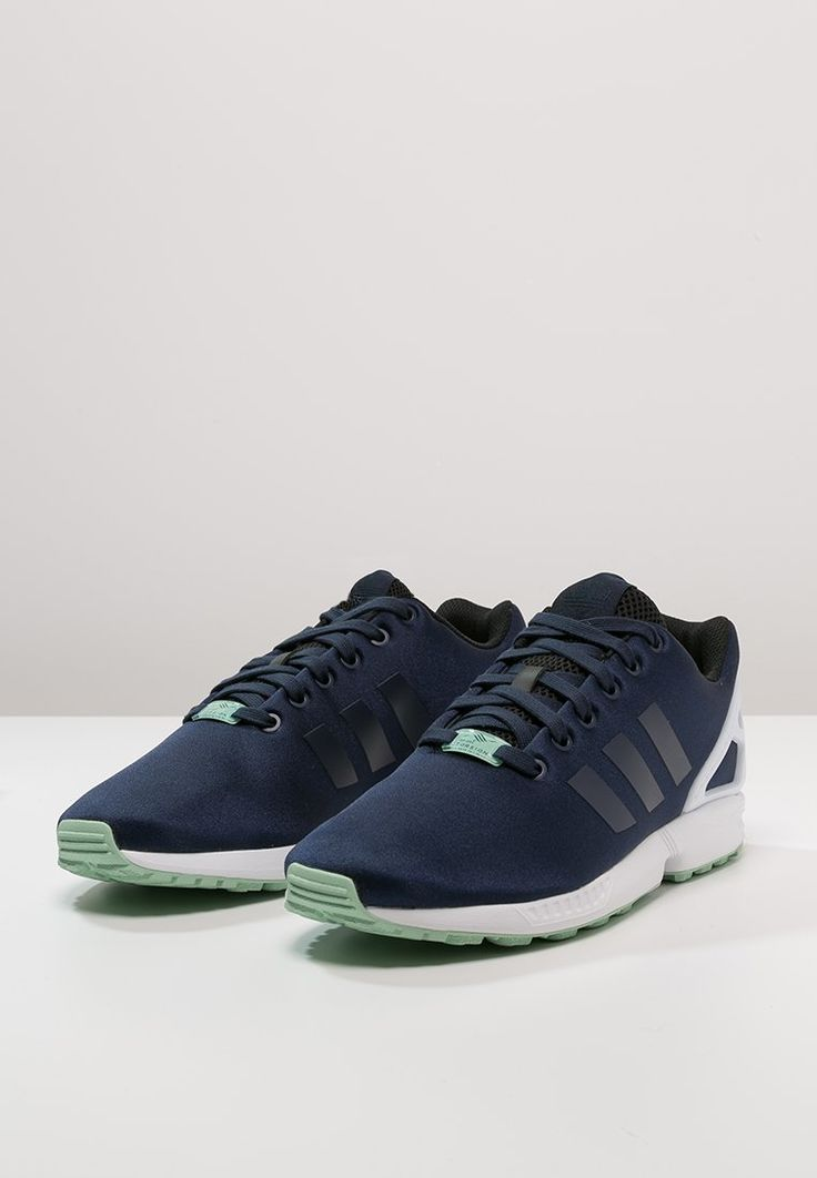 adidas Originals - ZX FLUX - Sneakers laag - collegiate navy/white