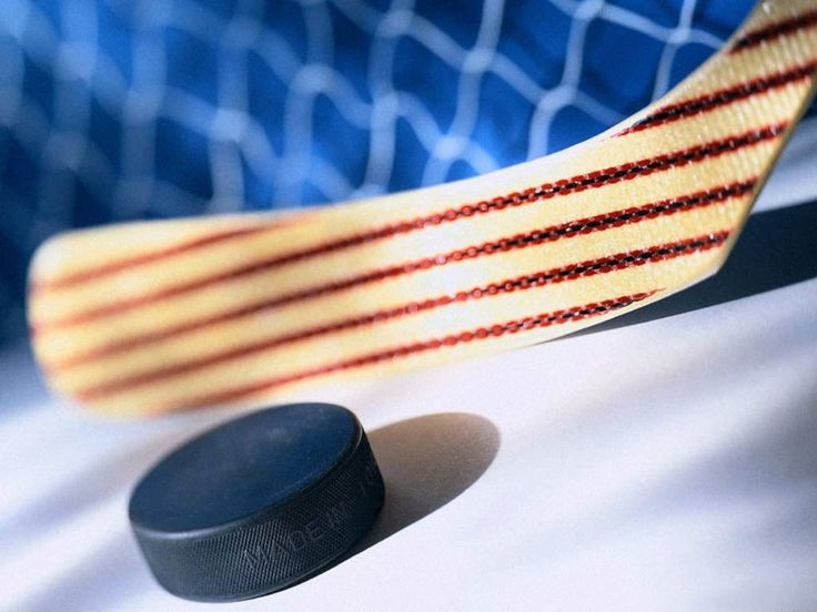 Image Source Page: http://wallpapers.bhist.com/3499-Ice_hockey_stick_wallpaper/