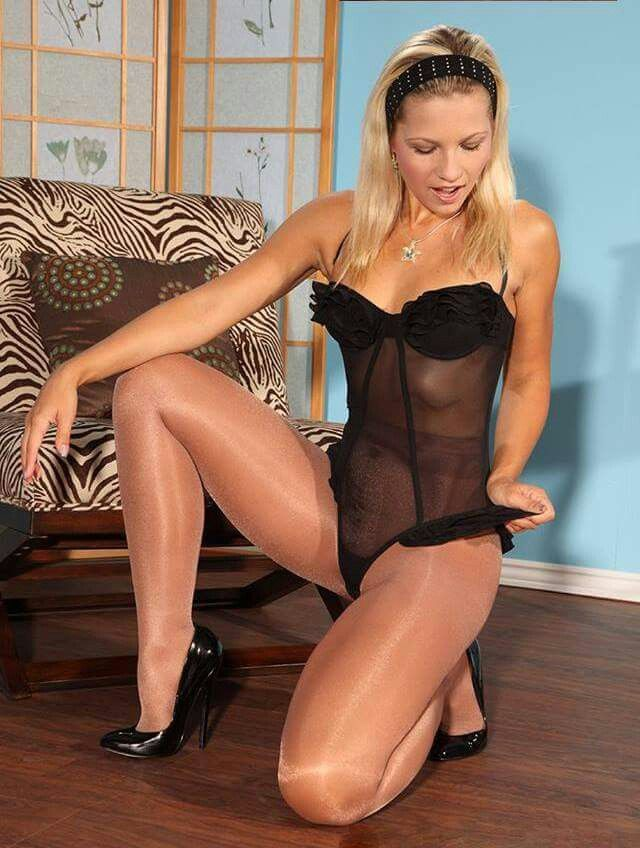 Looking For Pantyhose Pussy Gets 86