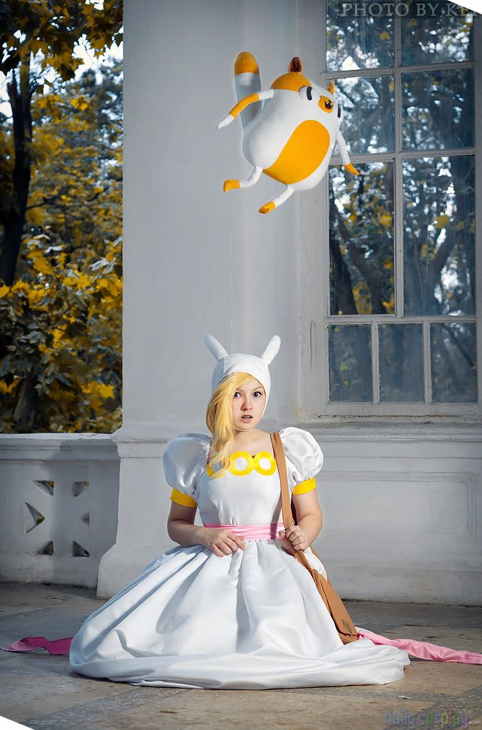 Fionna and cake cosplay