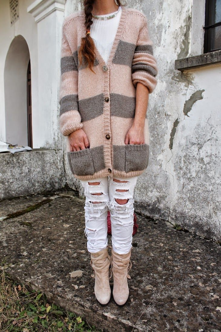 Pink and Grey stripes : Manulena knitwear  #knitwear #madeiitaly #fashionblog #outfit #fashionblogger #style #streetstyle #pastel #pink #grey #winter #wool #fashion #combo    @altoitaliano