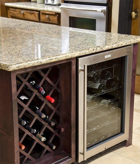 25 Modern Ideas For Wine Storage In Your Kitchen And Dining Room U2013 Lushome.  Küchen IdeenOffene WeinKücheninselnKüche DesignsKüche ...