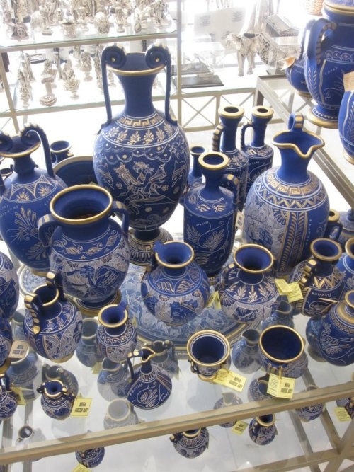 Greek Pottery, reminds me of the  Mycenae Center in Mycenae.