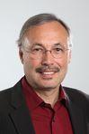 """Interview über """"Beziehungskapital"""" – einen alternativen Weg des """"Stakeholder-Managements"""" mit Prof. Dr. Peter Szyszka. Das gleichnamige Buch ist im Verlag W. Kohlhammer erschienen."""