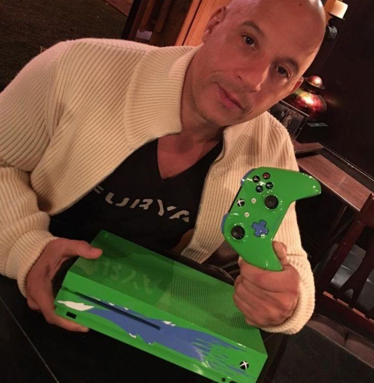 #TimBeta #TimBeta Microsoft lança Xbox One S verde, em homenagem a Paul Walker, de 'Velozes e Furiosos' #BetaLab #BetaLab
