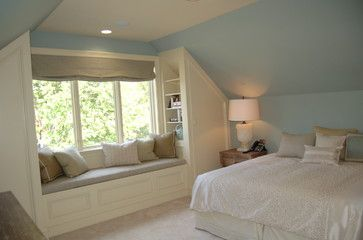 Low vaulted ceiling bedroom closet and window seat small for Small room vaulted ceiling