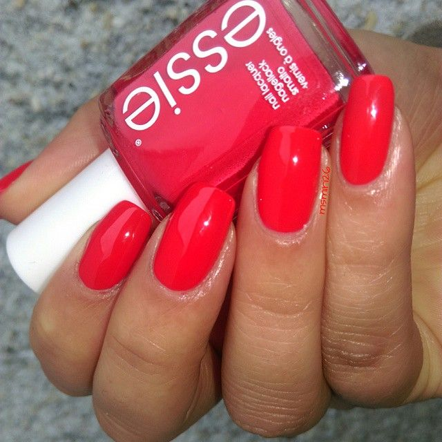essie canyon coral