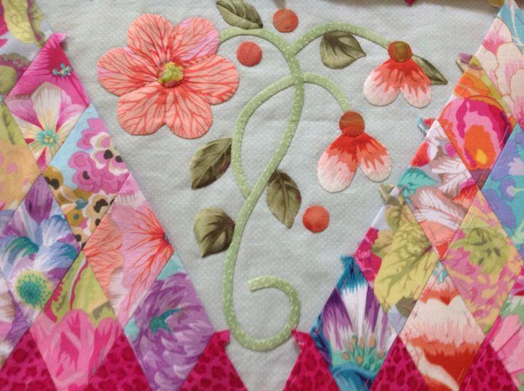 Appliqué panel for a quilt