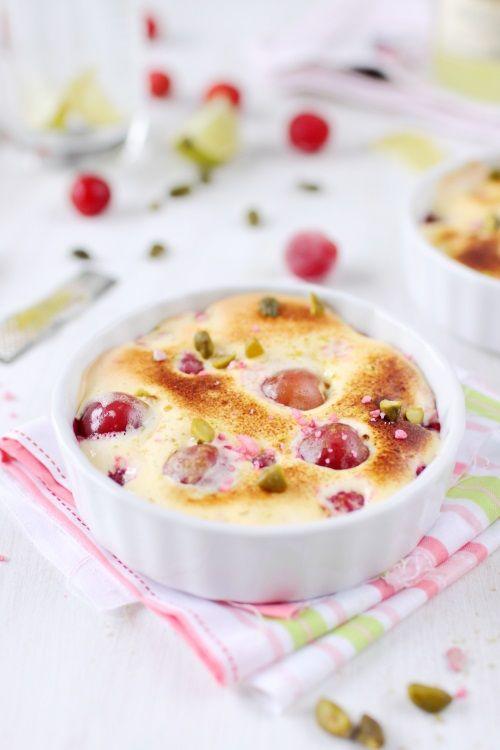 Une envie de dessert fruité et léger avec des fruits rouges (framboises, groseilles et cerises) et un sabayon au limoncello. Cet alcool apporte beaucoup de