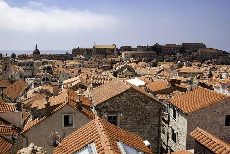 Dubrownik - najliczniej odwiedzane miasto w Chorwacji. Podpowiadamy, czego nie ominąć podczas zwiedzania i opowiadamy co miasto ma do zaoferowania.