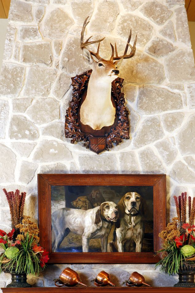 Decorating Ideas and 2 Projects Your 4-Legged Friends Will Love.  http://www.womensoutdoornews.com/2015/01/going-dogs-2-projects-4-legged-friends-will-love/ #decorideas #outdoordecor #doggiedecor Heritage Game Mounts  Heritage game mounts dogs HeritageGameMounts-Winchesterdogs: