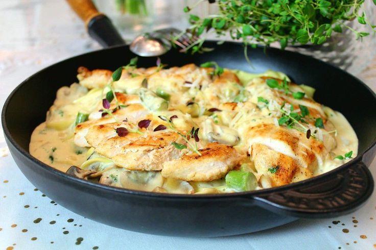 Krämig pasta med kyckling, champinjoner och dijonsenap!