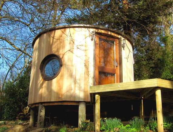 17 best images about eco pod dreamin 39 on pinterest green for Garden pods to live in
