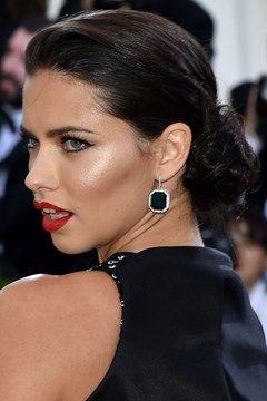 Met Gala 2016: Red Carpet Hairstyles & Makeup (Vogue.co.uk)