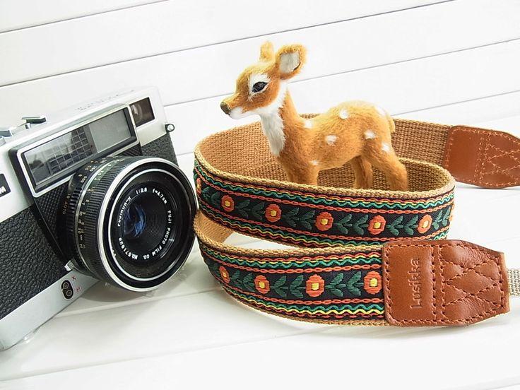 Lusikka retro taste camera strap