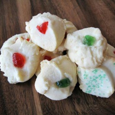 Classic Whipped Shortbread recipe, perfect for Christmas! My favorite Christmas cookie recipe!