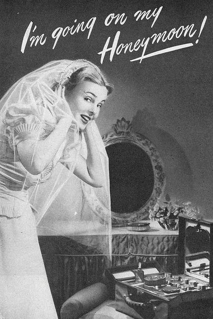 It's honeymoon time! #vintage #bride #wedding #1940s