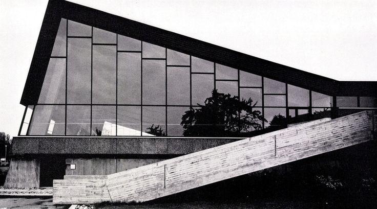 germanpostwarmodern:  Indoor Bath (1970) in Rheine, Germany, by Hans-Busso von Busse