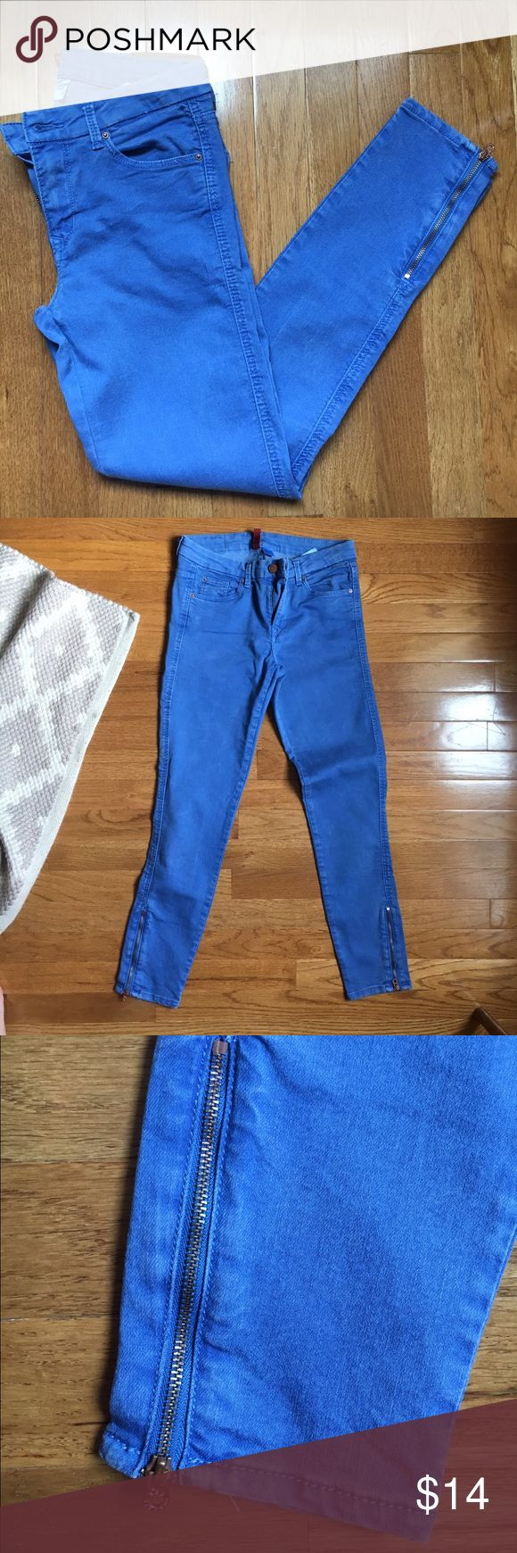 Blue cropped ankle zip jeans Upper adorable bright blue jeans with zippers at the ankle. Divided Pants Ankle & Cropped