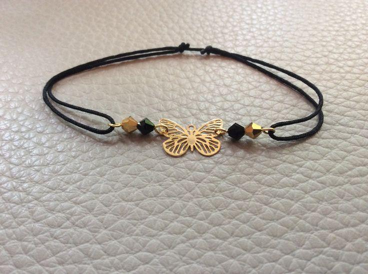 Bracelet cordon noir, breloque papillon en gold filled et cristaux noirs et dorés : Bracelet par guerloule