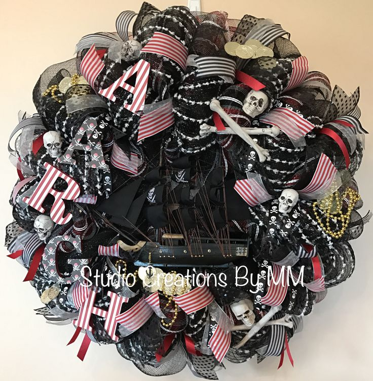 Great price on sale!! Pirate Ship Wreath, Pirate Wreath, AARGH, Black Pirate Ship, Ship, Halloween, Pirate Decor, Pirate Ship by StudioCreationsByMM on Etsy https://www.etsy.com/listing/525715027/pirate-ship-wreath-pirate-wreath-aargh