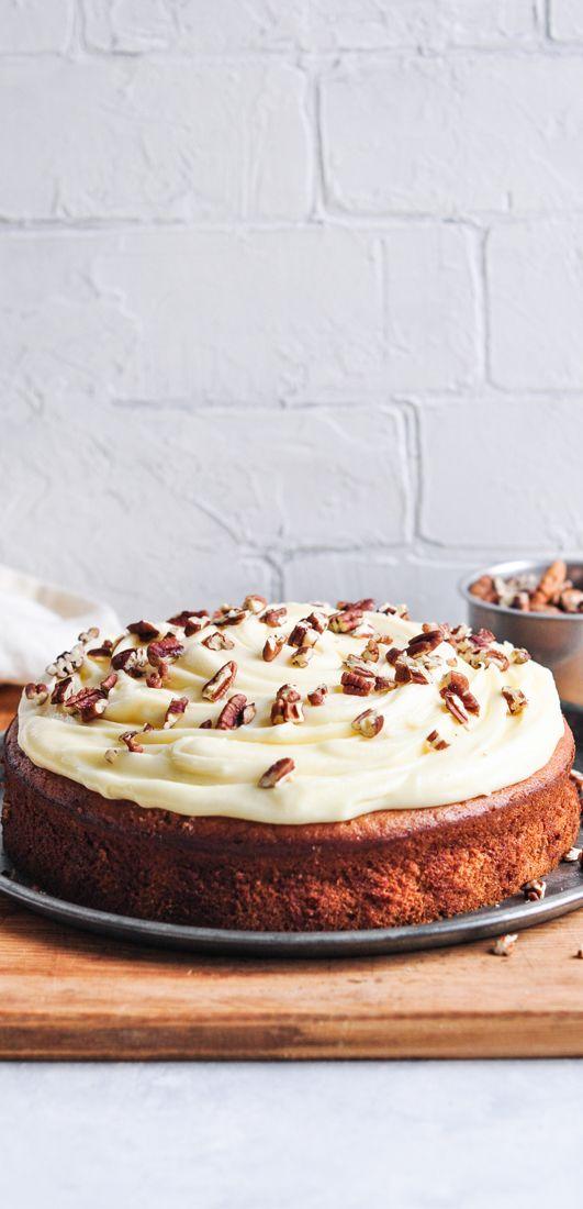 Classic Banana Cake with Cream Cheese Frosting | eatlittlebird.com