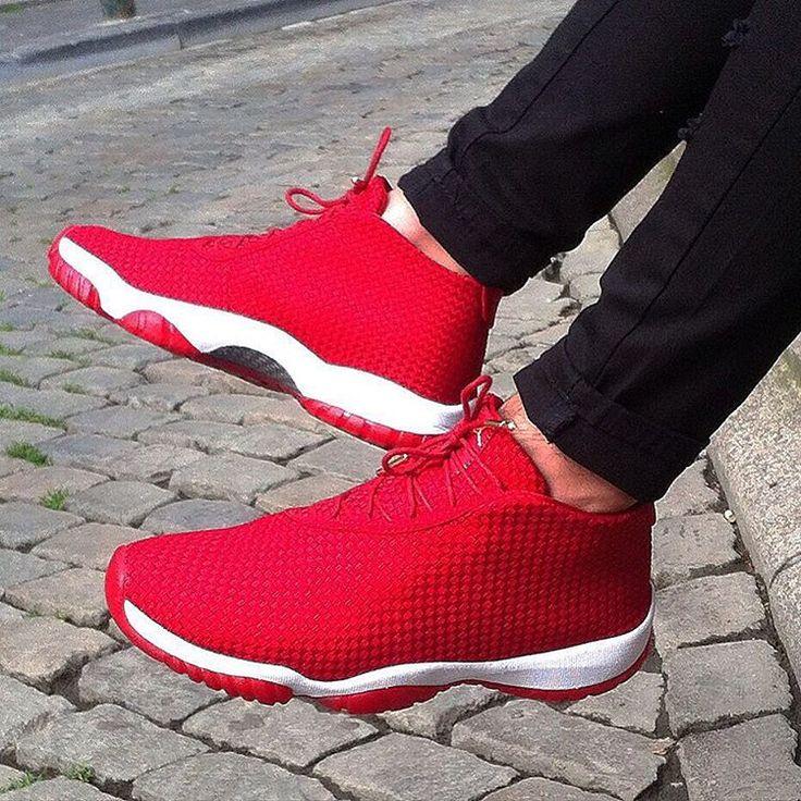 jordan future rojo